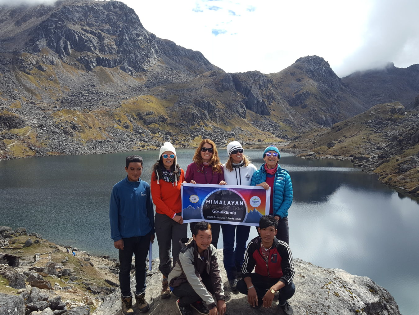 7 himalayan trekkers held an event in himalayas mountain