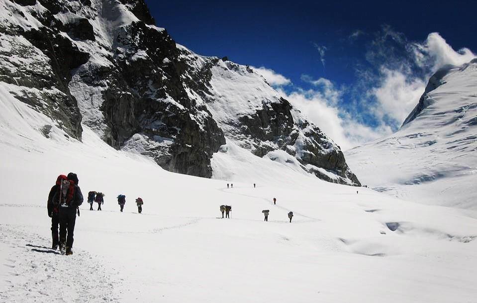 a group of himalayan trekkers going to mera peak